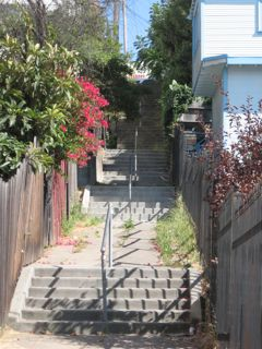 14thAve-stairs-oaklanderonline